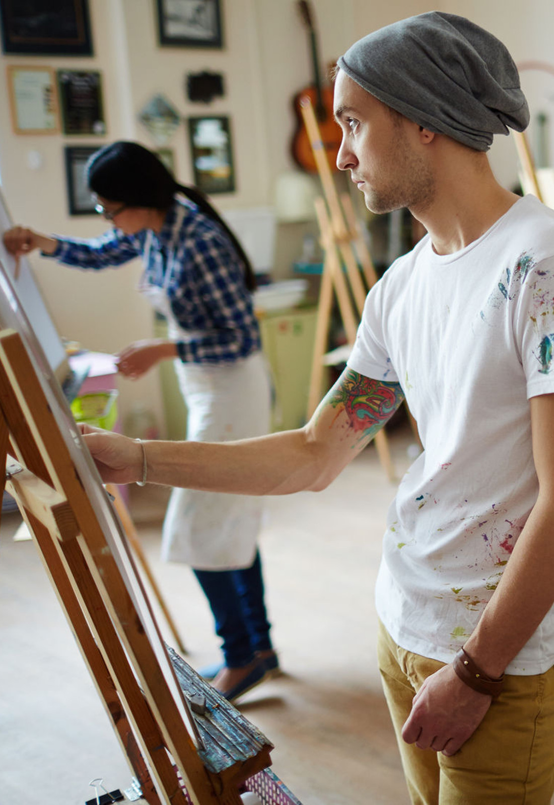 artists in studio 1600x1000