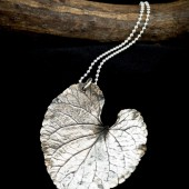 Art-Clay-Silver-Project-02-Leaf-Pendant-01.jpg