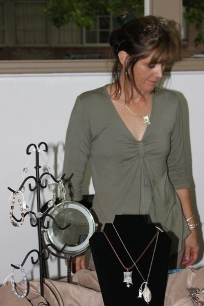 Elizabeth Wilson - Silversmithing and Jewelry