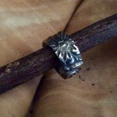 carved_ring_1.jpg
