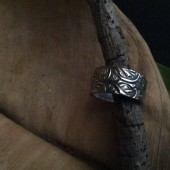 carved_ring_4.jpg